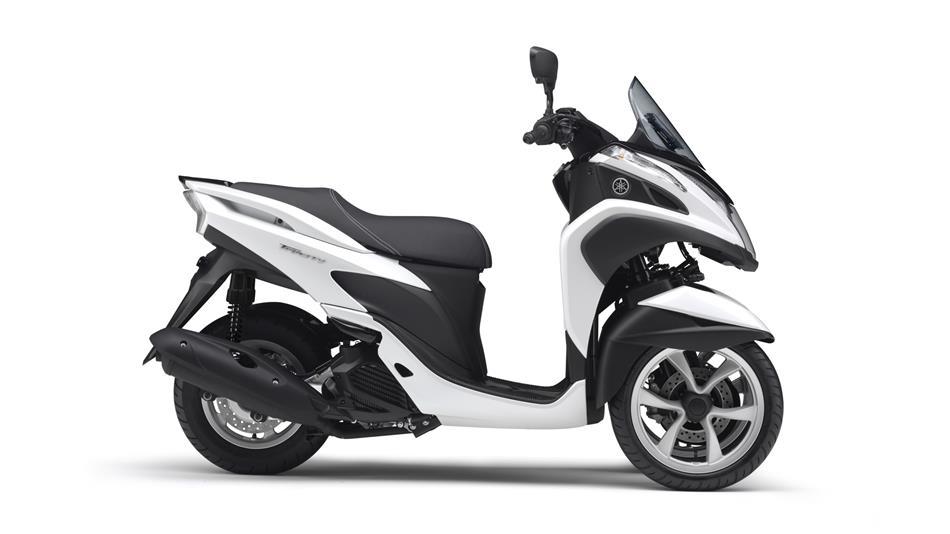 yamaha tricity 125 euro scooter moto. Black Bedroom Furniture Sets. Home Design Ideas